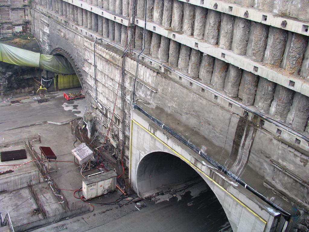 blanka tunnel komplex in prag tschechien schomburg. Black Bedroom Furniture Sets. Home Design Ideas
