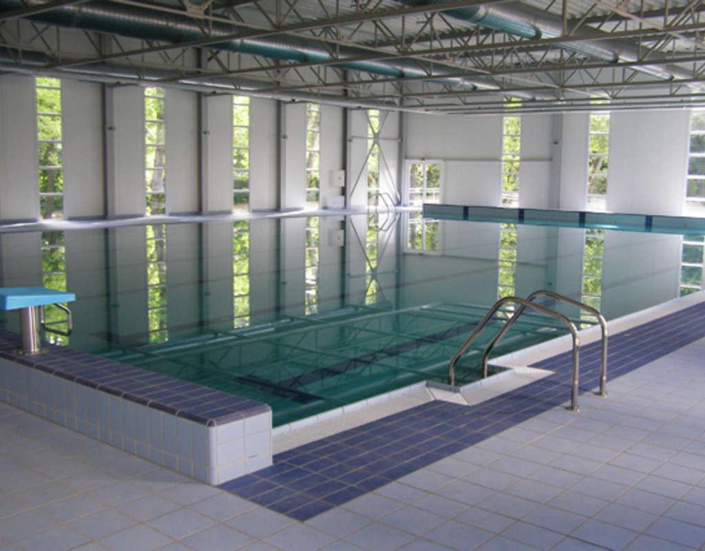 M06   neuer schwimmbecken