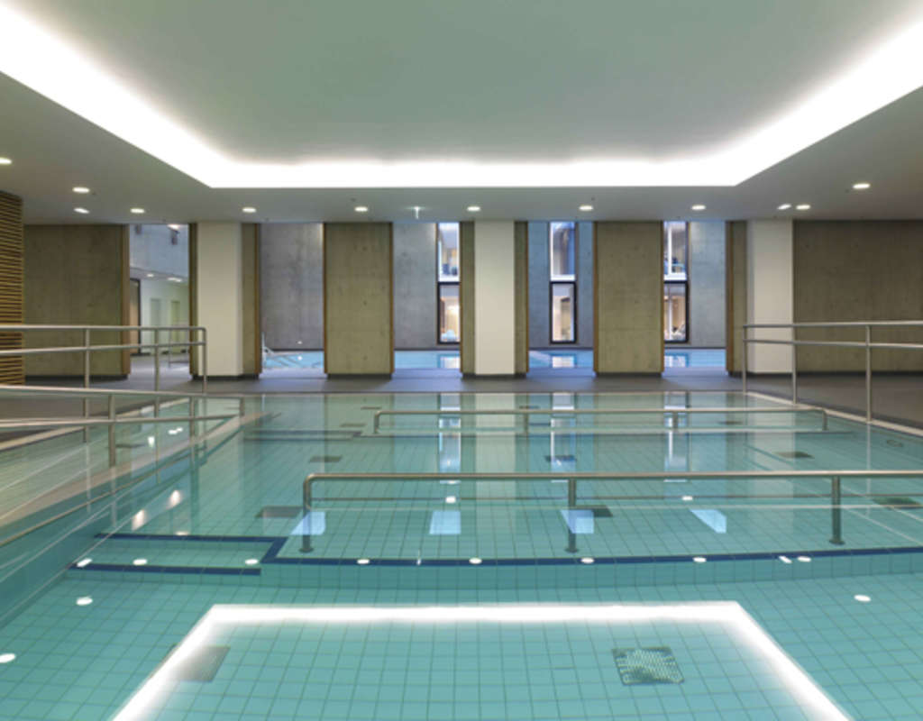Centre de r habilitation luxembourg schomburg for Swimming pool luxembourg kirchberg