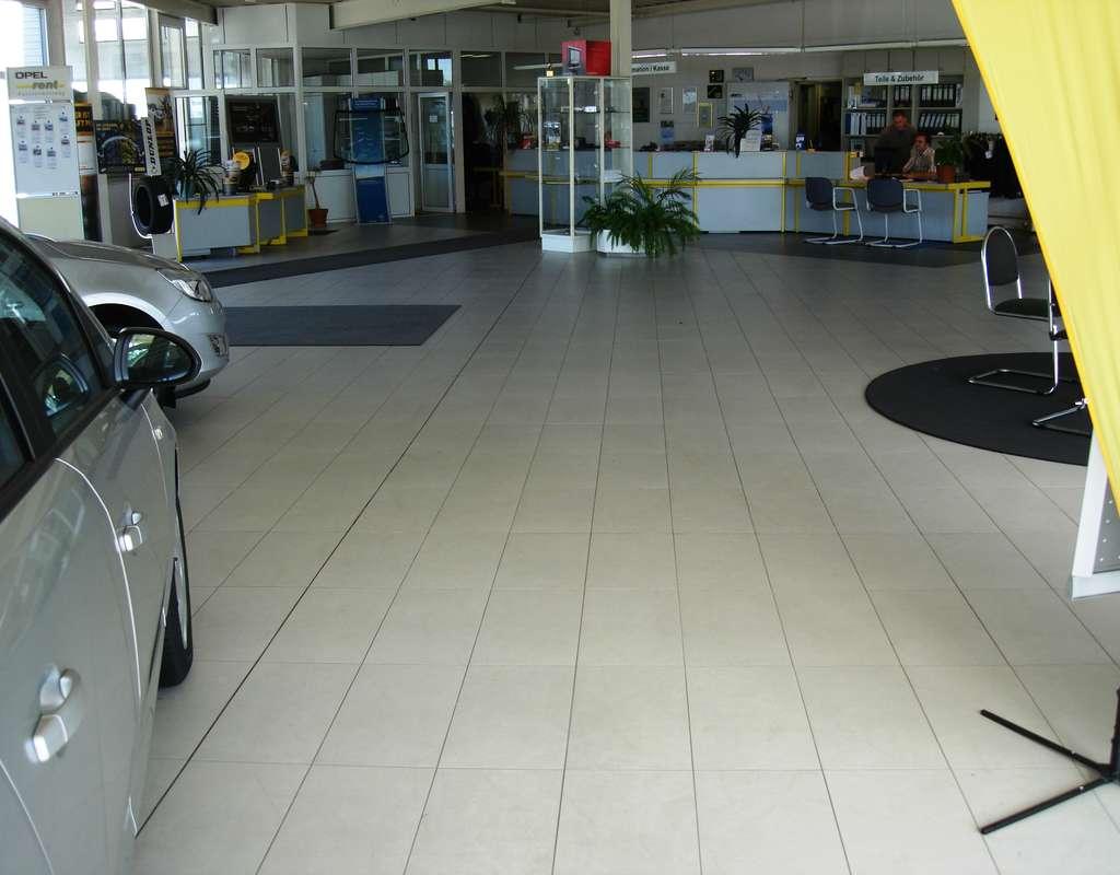 Autohaus%20stendal%20002