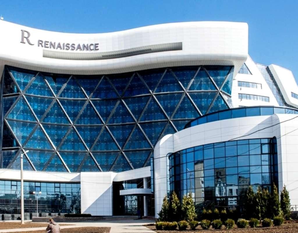 Renaissance%20hotel%20in%20minsk%20001